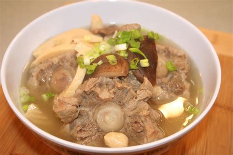 oxtail soup hawaiian oxtail soup recipe dishmaps