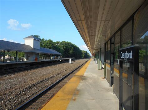 Cranford station - Wikipedia