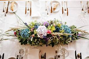 Tisch Blumen Hochzeit : hochzeit tisch gesteck wilde blumen hochzeit tischdeko wedding decorations ~ Orissabook.com Haus und Dekorationen