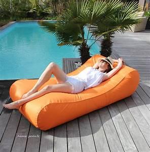Graine De Gazon Pas Cher : matelas de piscine flottant wave gonflable canap pouf ~ Dailycaller-alerts.com Idées de Décoration