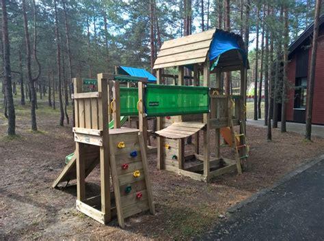 Bērnu rotaļu laukumiņš - Ronīši