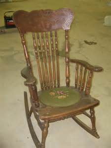 Photos Of Antique Rocking Chairs