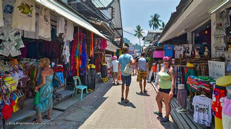 Phi Phi Shopping What To Buy And Where To Shop In Phi Phi