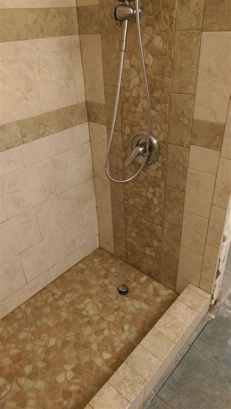 Kieselstein Fliesen Bad by 398 Best Shower Pebble Tile And Tile Ideas Images On
