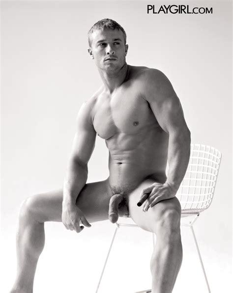 Personal Trainer Derrick Davenport Nude