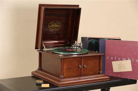 sold columbia grafonola record player antique