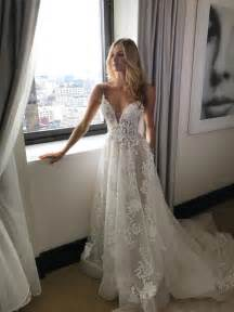 say yes to the dress bridesmaids white lace wedding dress cherry