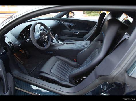 A white 2011 bugatti veyron is driven by roman pearce in abu dhabi, dubai in furious 7. Bugatti Veyron Super Sport - Interior | Wallpaper #103 | 1280x960
