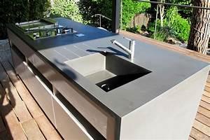 cuisine d39ete et deck piscine realisation inside creation With plan de travail cuisine exterieure