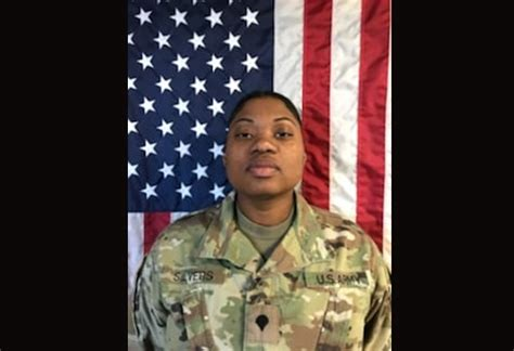 officials identify soldier killed  shooting  fort