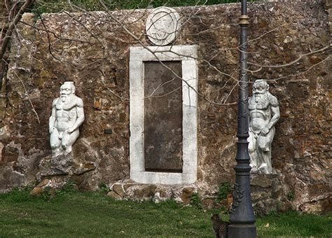 La Porta Magica Di Roma by Porta Magica Monumento Alchemico A Roma