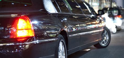 Pearson Airport Limo by Why You Can Save So Much With A Pearson Airport Limo