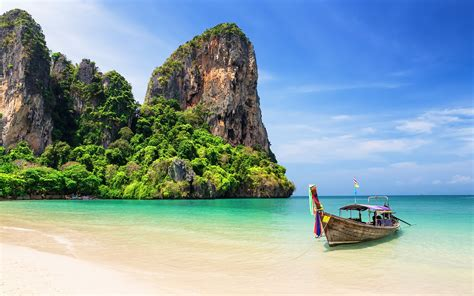 Phuket, Favorite Travel Destinations in Thailand - New Holiday