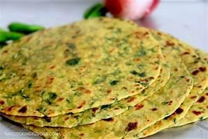 Gujarati Flat Bread - Methi Thepla - Indian Flat Bread Recipe