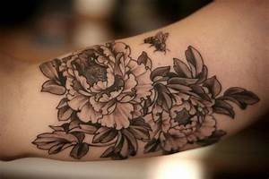 39+ Black And White Peony Tattoos Designs And Ideas