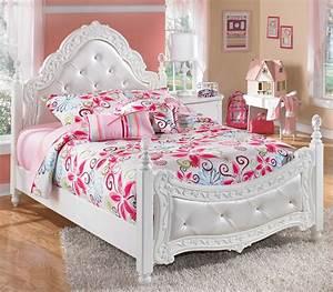 Girls Bedroom Furniture Sets With Rose Bedcover Design