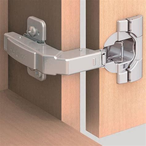 hinges for corner kitchen cabinets 95 degree cliptop blumotion blind corner overlay 7055