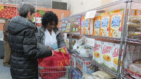 food pantry nyc nyc food pantries struggle to meet demand food bank for