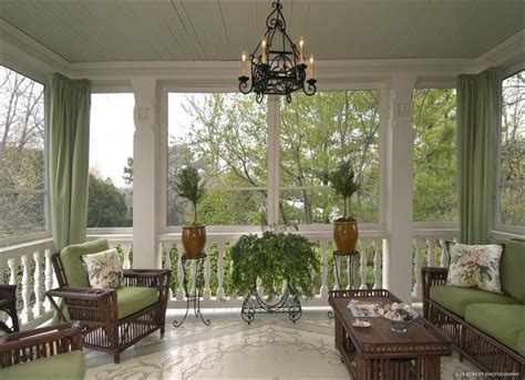 beautiful screened porches best 25 screened porch furniture ideas on