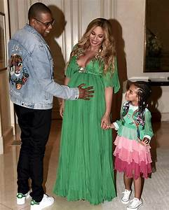 Beyonce dresses Blue Ivy in $26K dress at premiere | Daily ...
