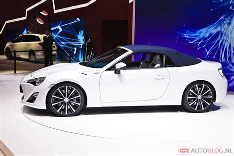 Toyota Scion Convertible by A Look At Toyota Ft 86 Convertible Concept With Top Up