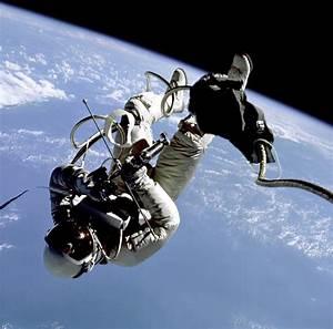 NASA Project Gemini UFO Sightings - Astronaut Eye Witness ...