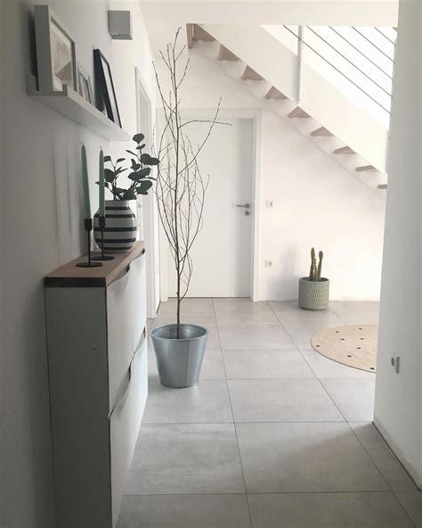 Flur Gestalten Mit Treppe by Altbau Flur Einrichten