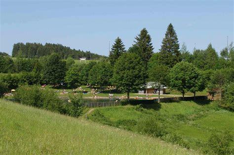 Wie Schnell Wächst Rasen Am Tag by Naturfreibad Am Pfisterwald Hochschwarzwald Tourismus Gmbh