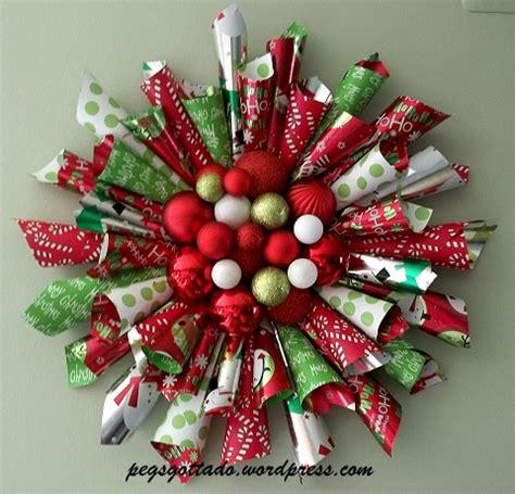 make christmas wreath diy christmas paper wreath pegsgottado