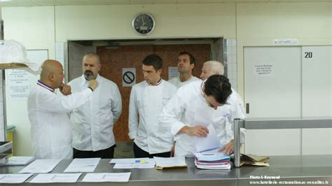 cuisine 2000 euros veste de cuisine mof veste de cuisinier mof toques