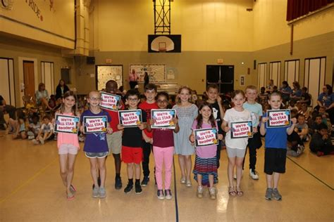 hyde elementary celebrates year ar achievements richard