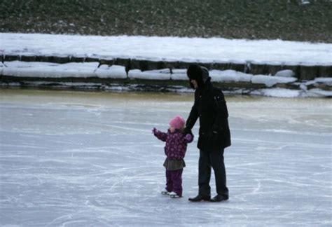 Par aizlieguma atrasties uz ledus pārkāpšanu varēs sodīt ...