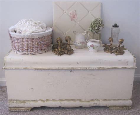 white shabby chic blanket box 51 best images about kist makeover on pinterest blanket chest shabby chic and vintage trunks