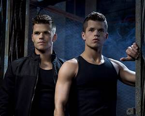 Man Crushes of the Day: Actors Charles and Max Carver ...