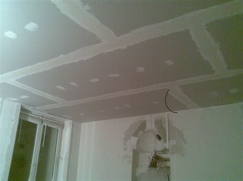 comment installer plafond suspendu comment poser un plafond suspendu