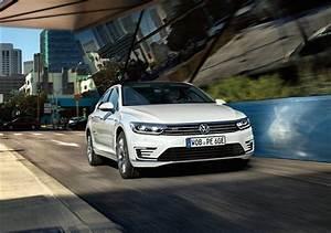 Opel Ampera Commercialisation : volkswagen passat gte fin de la commercialisation en france ~ Medecine-chirurgie-esthetiques.com Avis de Voitures