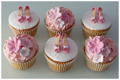 gumpaste shoe cupcakes cakes  lynz