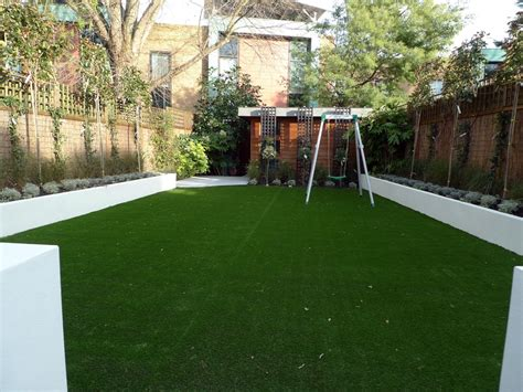 Garden Minimalist by Modern Low Maintenance Minimalist Garden Design Idea