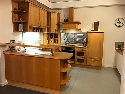 Schreinerküche-musterküche Klassische U