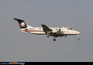 Aero Sa : beechcraft 1900 ob 1667 p aircraft pictures photos ~ Gottalentnigeria.com Avis de Voitures