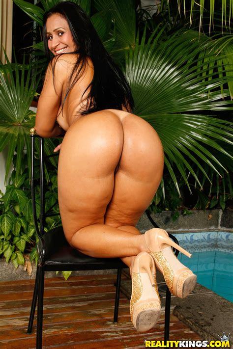 Latina With Big Butt Alessandra Marquez Having Sex Photos