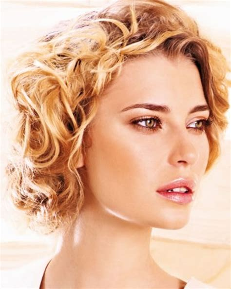 Length Hairstyles by 18 Cool Medium Haircuts And Shoulder Length Hairstyles Of
