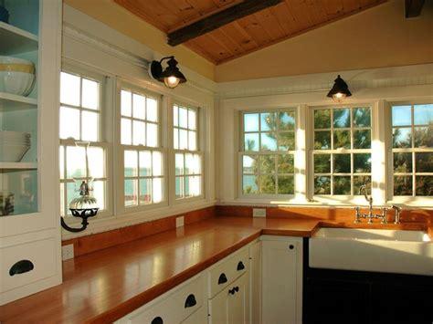 coastal cottage kitchen 17 best ideas about cottage kitchens on 2268