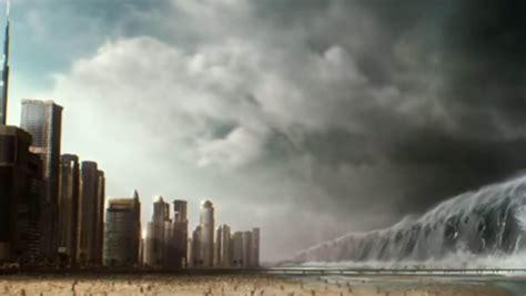 dubai  destroyed   giant tidal wave celebs homepage dubai uae