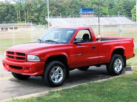 Dodge Small Truck by 2000 Dodge Dakota R T 5 9l Small Trucks Dodge Dakota