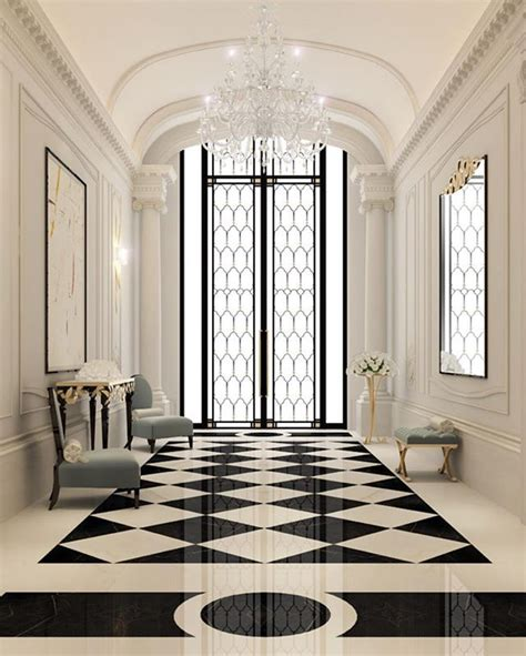 amazing hallway  cristal chandelier   post