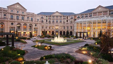 luxury hotels  tianjin tianjin goldin metropolitan