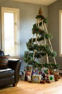 Pine Cone Christmas Tree Pinterest by M 225 S 225 Rboles De Navidad Alternativos Decoraci 243 N De