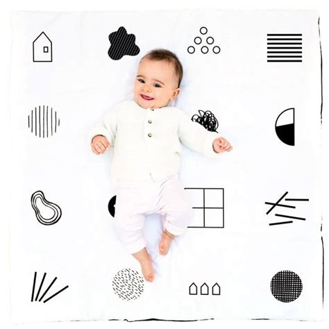 tapis d éveil sauthon tapis d 201 veil b 233 b 233 en coton bio noir et blanc deuz