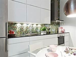Fliesenspiegel Glas Küche : k chenr ckwand aus glas der moderne fliesenspiegel sieht so aus ~ Sanjose-hotels-ca.com Haus und Dekorationen